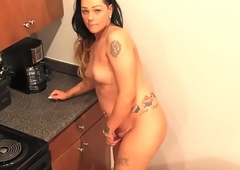 Curvy shemale playing with her dick