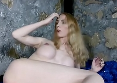 Bigtitted russian lady-man tugging her hard locate