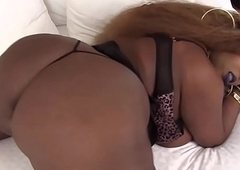 Chubby ebony trans asstoying and masturbating