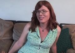 Upper-cut trans amateur jerks on actors couch
