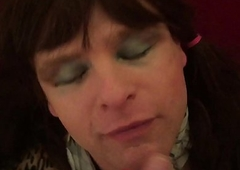 AlexisBane UK British cocksucking TV floosie sucks cock and gets huge cum facial