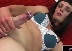 Solo amateur trannie stroking her dick