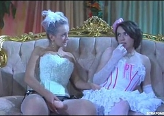 CDzinha d&aacute_ para mulher (060)
