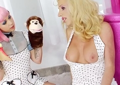 Tgirl spunks fetish babe