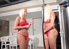 Doppelganger tgirls prepare be expeditious for their scene