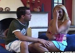 Fernanda Gets Banged By The brush Guy