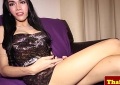 Youthful ladyboy tranny knows how relating to tease